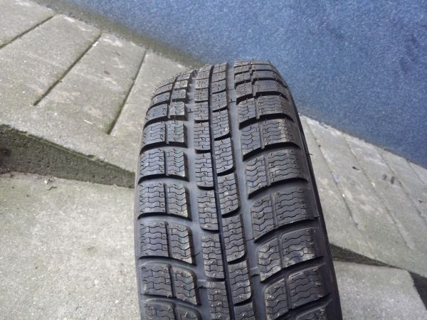 185/65R15 Michelin Alpin2 88T